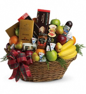 Ultimate Holiday Fruit Basket